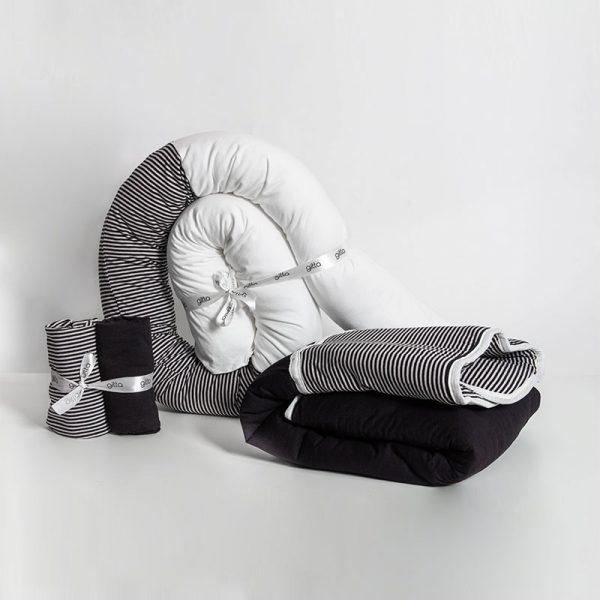happy cuddles bundle 600x600 - מארז נחשוש, שמיכה עבה וסדיני מיטה פסים שחור