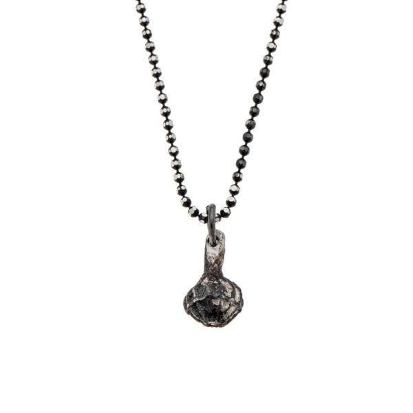 7290111691928 600x600 - gitta bijoux dark silver garlic necklace